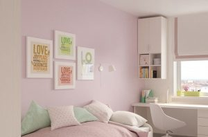 Obrazki na ścianie